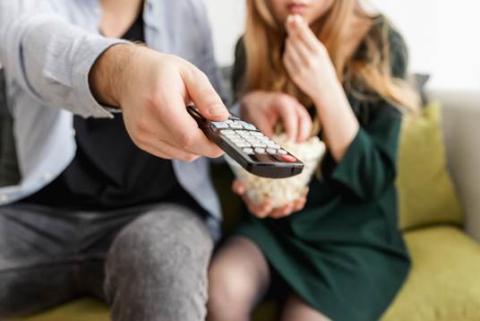 3 de cada 10 españoles solamente ven televisión de pago