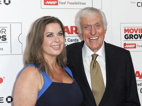Arlene Silver y Dick Van Dyke en 2016.