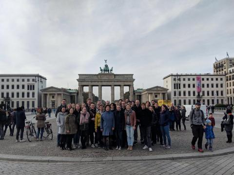 Berlin Googlers stood in front of the iconic Brandenburg gate.