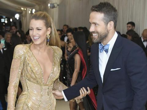 Blake Lively y Ryan Reynolds en la Gala Met 2017.