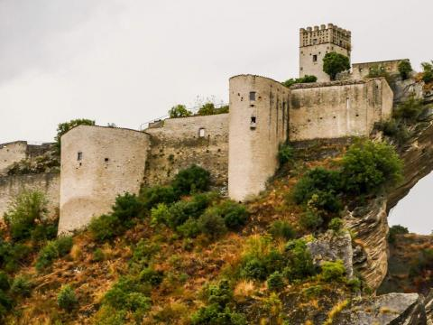 El castillo fue recientemente renovado después de haber sido abandonado.