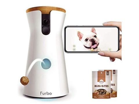 Una cámara para perros que permite estar en contacto con tus cachorros y enviarles golosinas cuando estás fuera [RE]