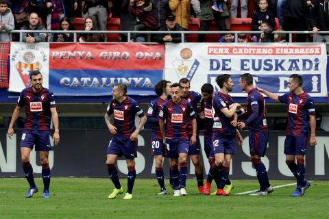 El Eibar celebra un gol ante el Real Madrid