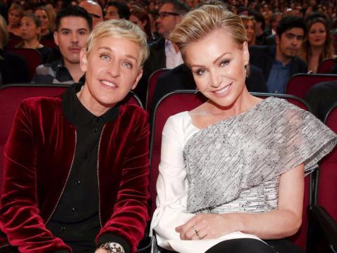 Ellen DeGeneres y Portia de Rossi en los premios People Choice.