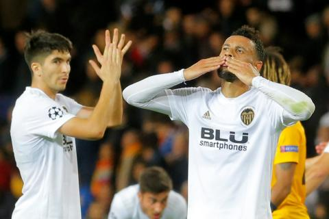 Francis Coquelin celebra una victoria del Valencia