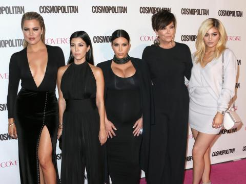 Kourtney y Kim son las Kardashians más bajitas.