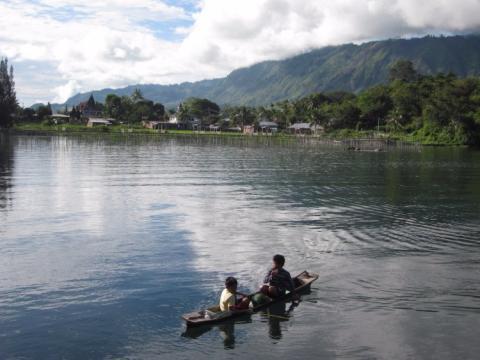 Loga Toba, Indonesia