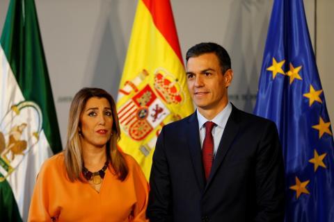La presidenta de Andalucía, Susana Díaz, junto al presidente del Gobierno, Pedro Sánchez, en el palacio de San Telmo, Sevilla, el 26 de octubre de 2018.