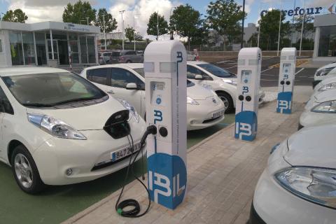 puntos de recarga de coche eléctrico