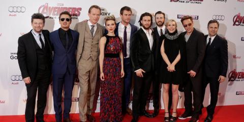 El elenco de 'Los Vengadores' forma un buen grupo.