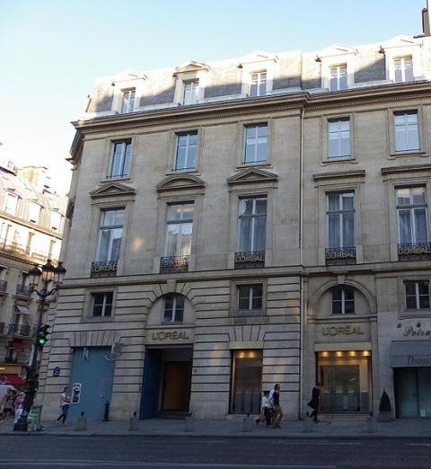 Sede de L'Oréal en la rue Royale de París (Francia)