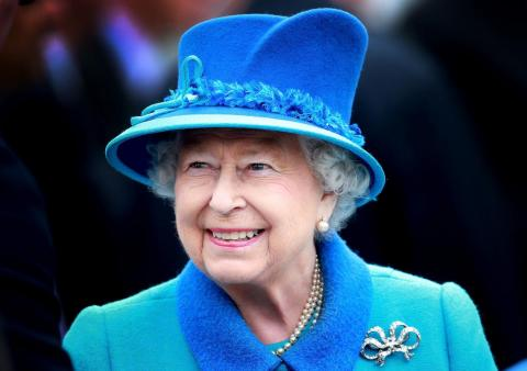 La reina Isabel es prima de la reina Sofía.
