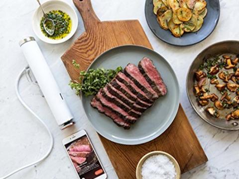 Un dispositivo de cocción al vacío que hace recetas de restaurantes de calidad en casa [RE]