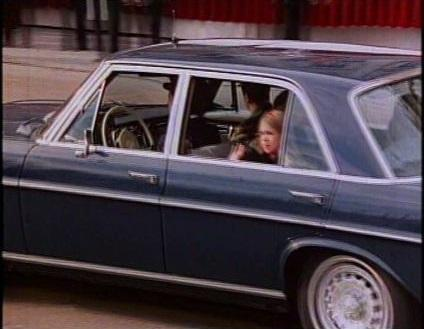 Subasta coche reyes