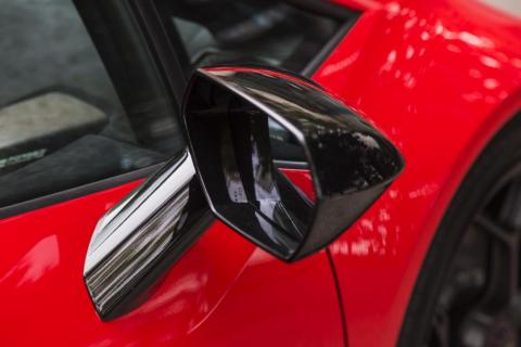 A theme throughout the Huracán is hexagons. Here's one: it's the side-view mirror.