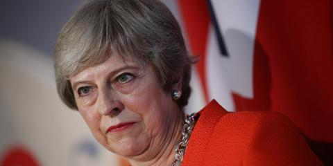 Theresa May niega un acuerdo secreto sobre el Brexit mientras aumenta el miedo a una rendición ante la UE entre los euroescépticos [RE]