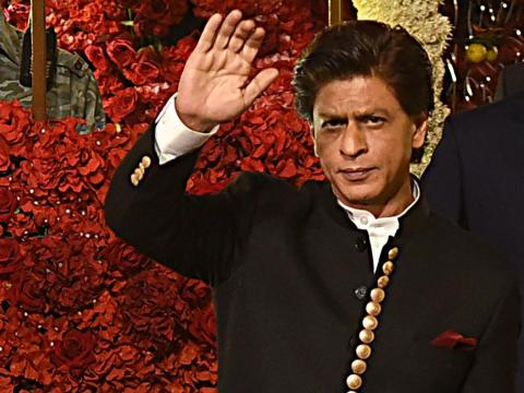 ... y la estrella de Bollywood Shah Rukh Khan.