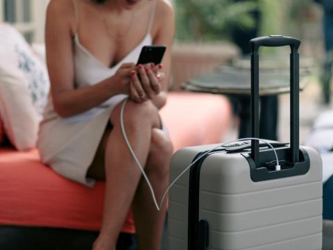 Away está revolucionando el mercado del equipaje.