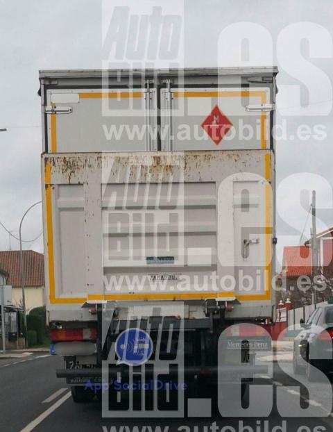 Camión camuflado DGT