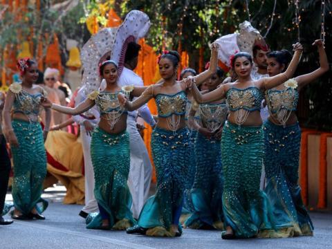 La celebración incluyó actuaciones de baile y avistamientos de muchos invitados de alto nivel...