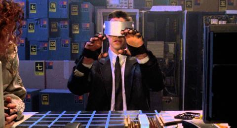 Fotograma de 'Johnny Mnemonic', protagonizada por Keanu Reeves