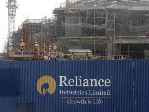Ahora es una empresa de Fortune 500 con un valor de 100 mil millones de dólares y una de las empresas más valiosas de la India.