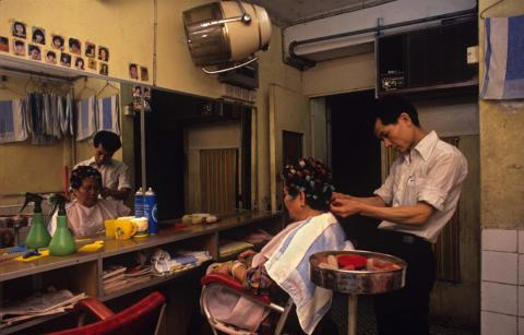 Many businesses took advantage. Ho Chi Kam ran a hairdressing salon with his wife in the city until 1991. After Ho was forced out of the Walled City, he had to go back to working for others because he could not afford the rent