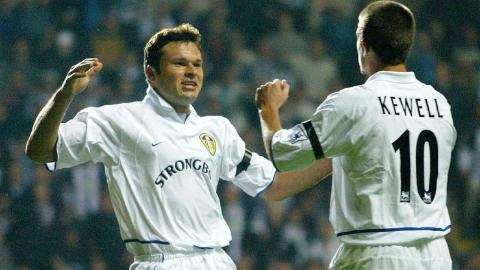 Mark Viduka y Harry Kewell, con el Leeds United en 2002.
