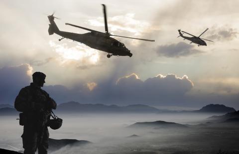 Militar en misión de guerra