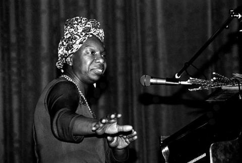 Nina Simone en un concierto en Morlaix, Francia, en 1982.