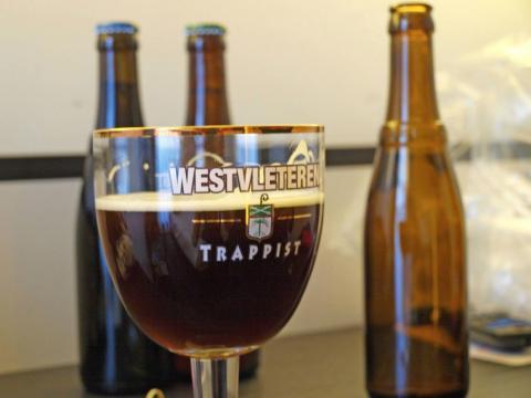 Una de las mejores cervezas del mundo es de Bélgica.