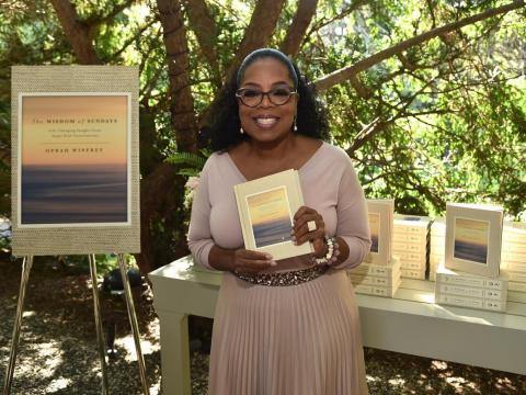 Oprah Winfrey reads