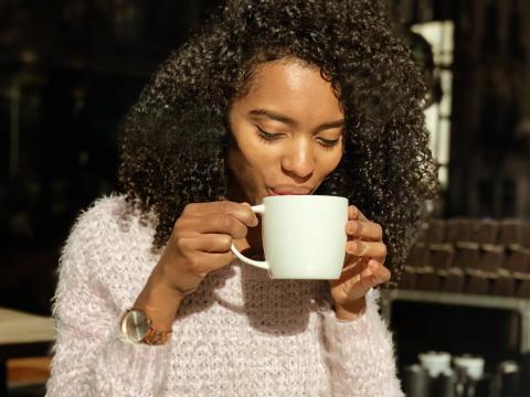 Piensa si no puedes tomar ese mismo café en casa.