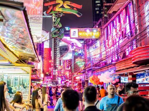 crece el número de multimillonarios tailandeses.