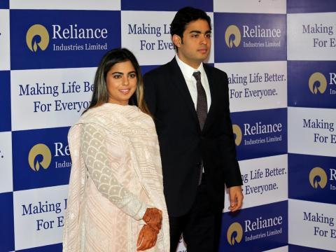 Luego están los gemelos de 27 años Isha y Akash Ambani.