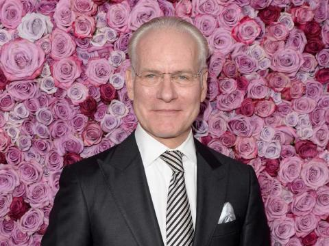 Tim Gunn soaks up art