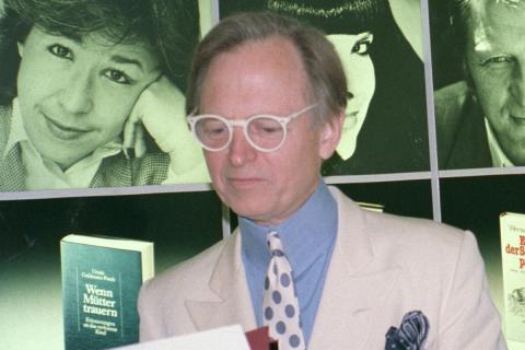 Tom Wolfe, en una presentación