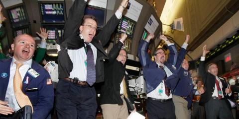 Los comerciantes están teniendo un lunes feliz.