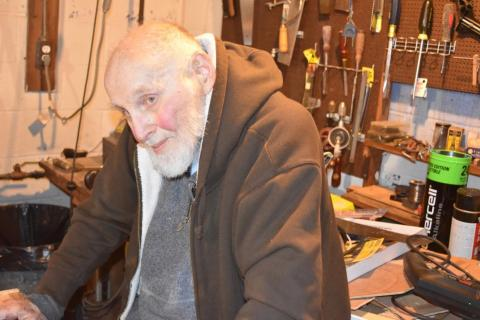 96-year-old Nobel Laureate Arthur Ashkin in his basement lab on Friday, December 21, 2018. Ashkin won half of the 2018 Nobel Prize in Physics for his work inventing optical tweezers in the late 1980s.