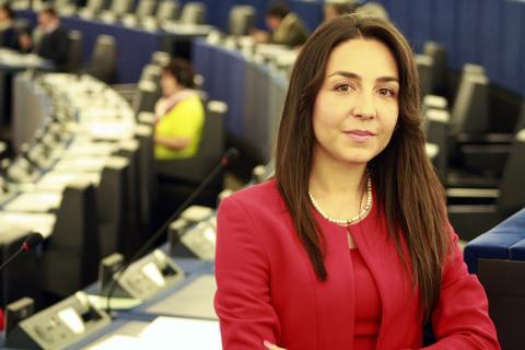 Claudia Tapardel en el Parlamento Europeo.