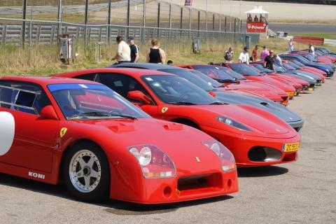 Ferrari constituye el emblema del sector del motor italiano