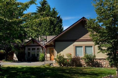 La finca del líder de Amazon representaun gran cambio desde donde comenzó la compañía: en el garaje de su casa en Bellevue, Washington, cerca de Seattle, visto aquí en 2013.
