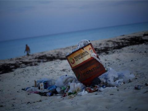 Aside from algae and damaged natural environments, many of Cancún's beaches are also polluted.
