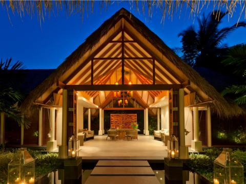 The Baros Maldives spa has four private spa suites for couples treatments.