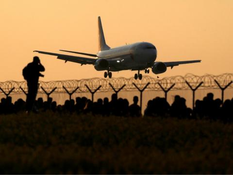 The biggest airliners lost out during the government shutdown.