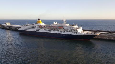 Uno de los barcos de Saga Cruise.
