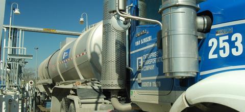 Un camión cisterna de Enterprise Products