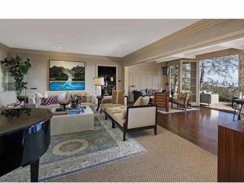La casa perteneció a Harrison Ford por 30 años antes de que la vendiera en 2012.