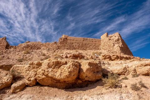 If invaders were to get into the ksar, inhabitants could retreat higher and higher up the walls.