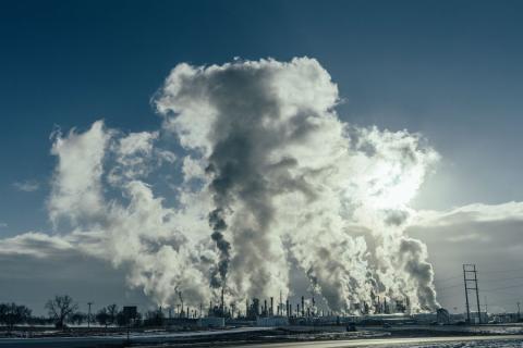 La refinería Pine Bend, propiedad de Koch Industries
